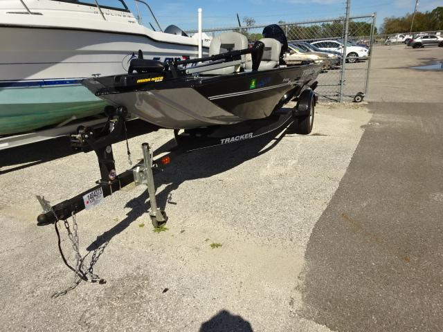 2018 TRACKER PANFISH - Used Car Auction - Car Export | AuctionXM