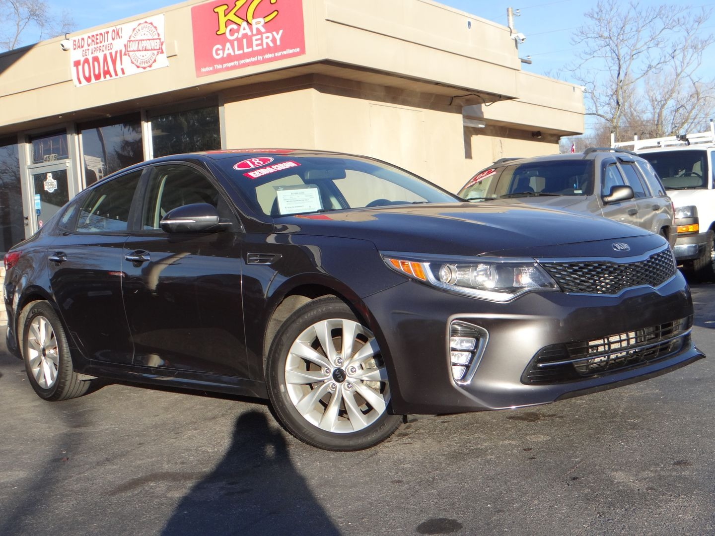2018 Kia Optima . Lot 999186810310 Vin 5XXGT4L31JG207077