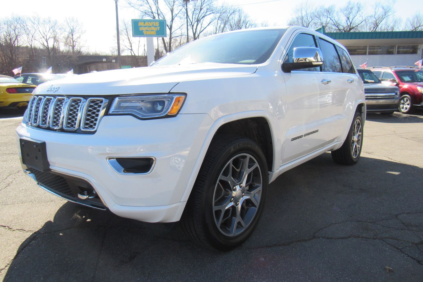 2019 Jeep Grand cherokee . Lot 999185710280 Vin 1C4RJFCG9KC579328