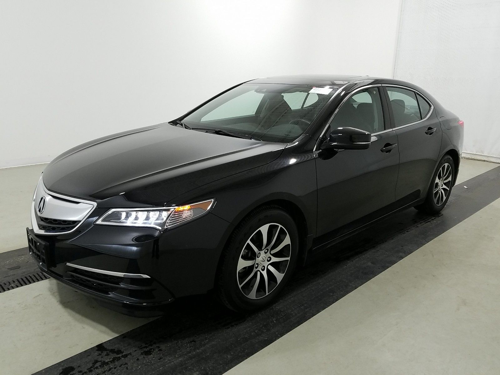 2017 Acura Tlx 2.4. Lot 99913217916 Vin 19UUB1F52HA010590
