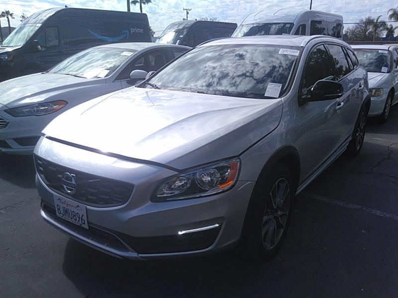 2018 Volvo V60 cross country 2.0. Lot 99914077729 Vin YV440MWK0J2052068