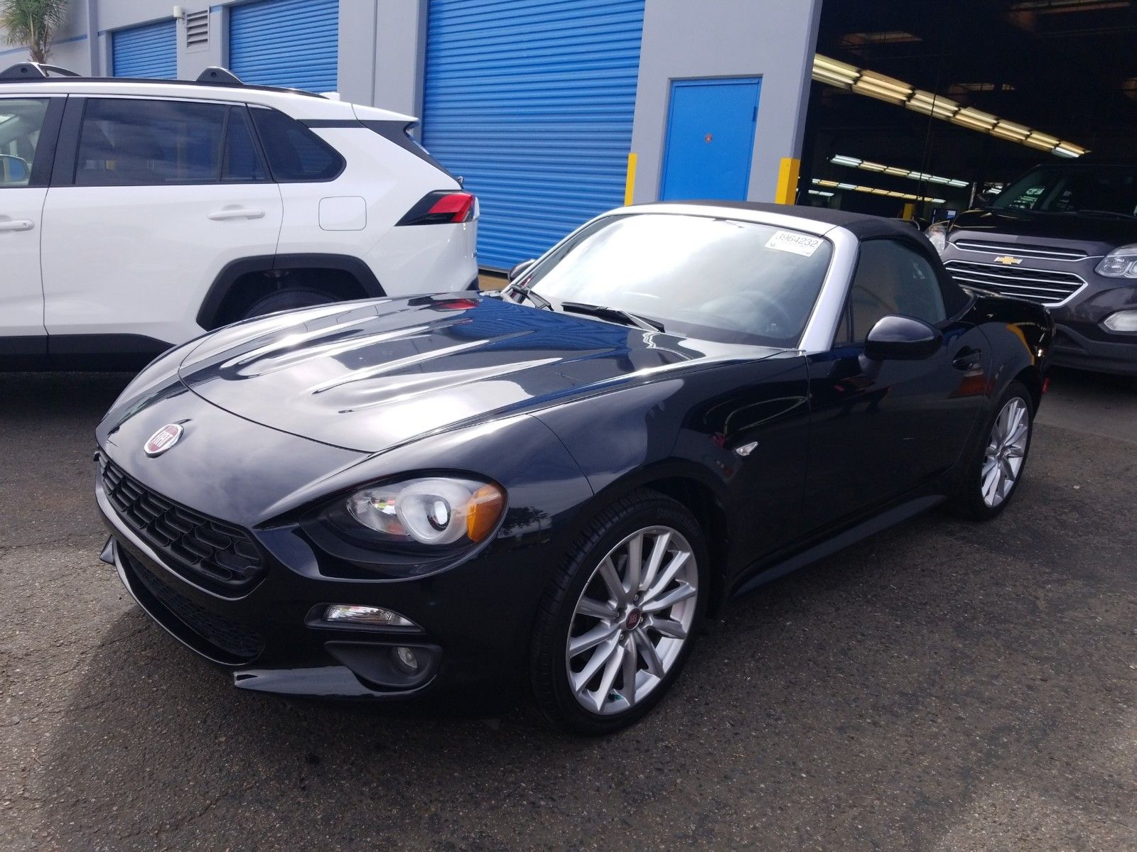 2017 Fiat 124 spider 1.4. Lot 99914076914 Vin JC1NFAEK5H0104660