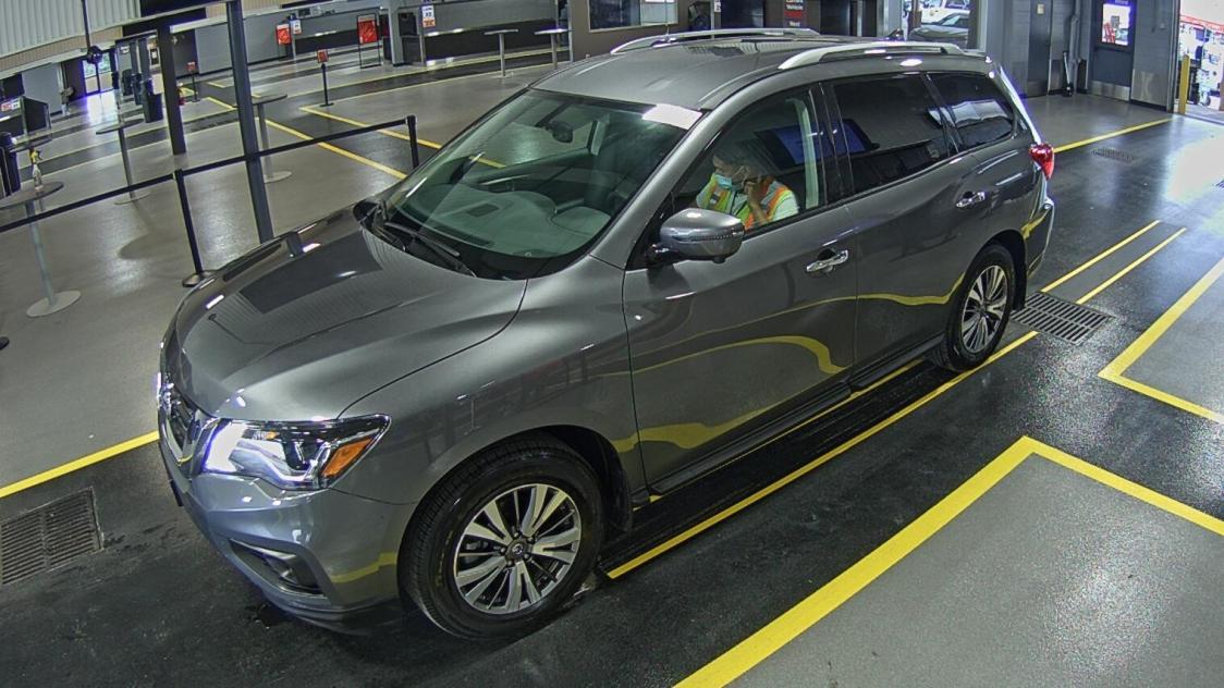 2019 Nissan Pathfinder 3.5. Lot 99918239045 Vin 5N1DR2MN4KC637947