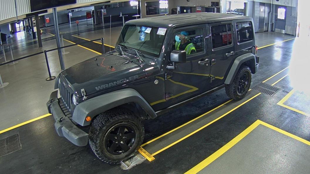 2017 Jeep Wrangler unlimited 3.6. Lot 99918243503 Vin 1C4BJWDG4HL651089
