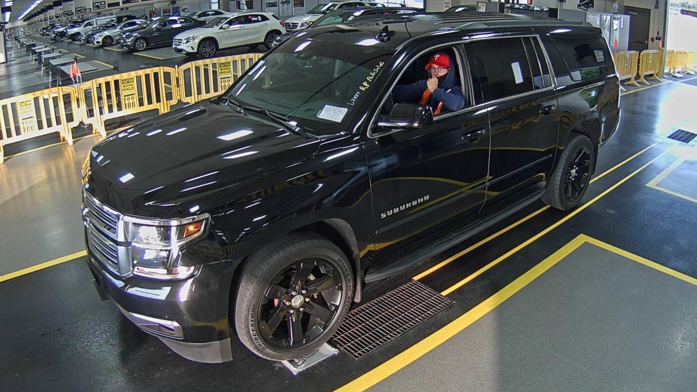 2016 Chevrolet Suburban . Lot 99917530913 Vin 1GNSKHKC6GR120472