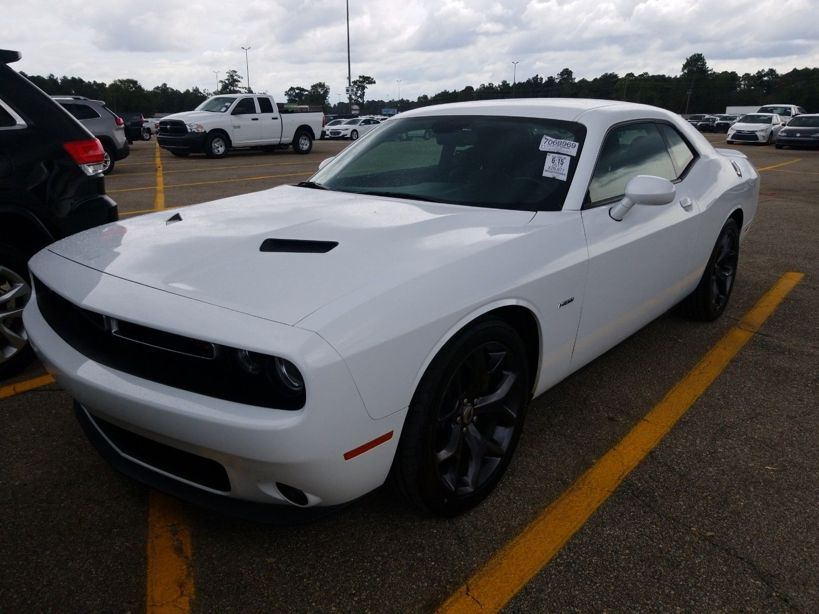 2017 Dodge Challenger 5.7. Lot 999204936652 Vin 2C3CDZBT6HH613457